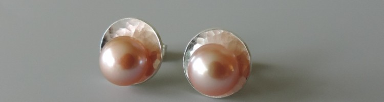 dainty minimal contemporary silver pearl post earrings hand crafted for women wedding jewelry bridal party gift