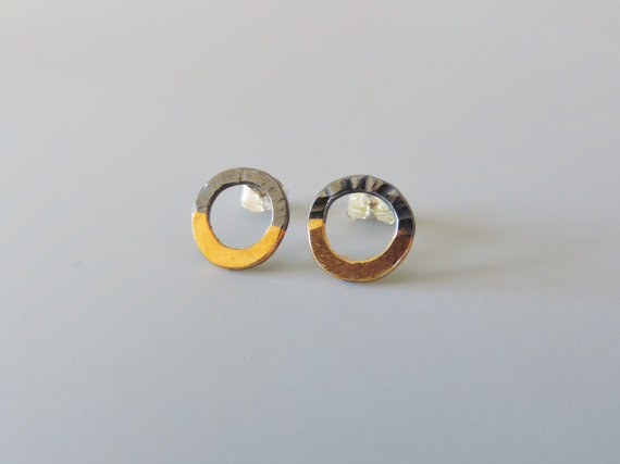 bold elegant dark silver and gold mixed metal hammered hoop earrings for women