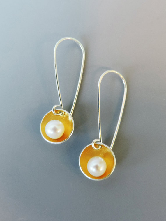 elegant mixed metal pearl jewelry for the bride