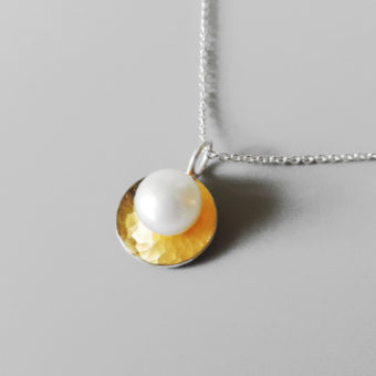handmade simple pearl necklace women