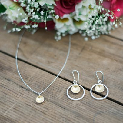 simple-bridal-jewelry-goldie-4