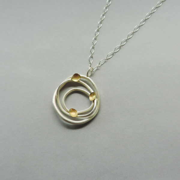 hand crafted jewelry for women for everyday wear wedding and anniversary