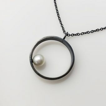 handmade silver pearl necklace women