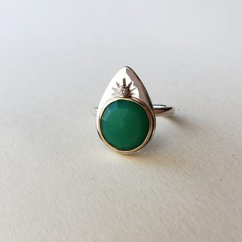 Mystic ring chrysoprase