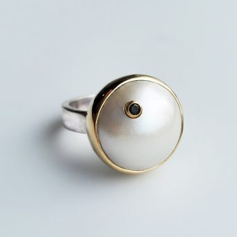 Unique Pearl Ring - Mona Ring White Mabe Pearl with Tourmaline